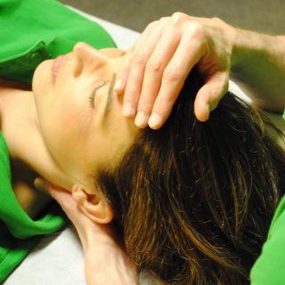 http://www.physio-scherdel.de/wp-content/uploads/2015/11/osteopatie-320x320.jpg